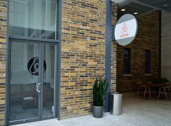 Airbnb and other rental platforms agree to share data with European Commission
