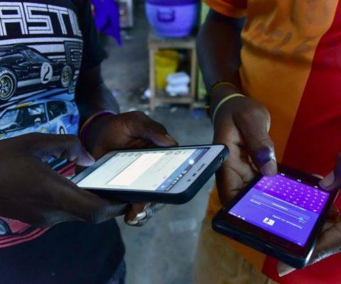 L'Afrique face à la manipulation du clic
