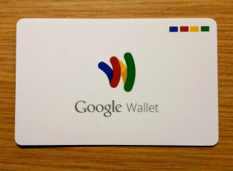 """Google to offer personal """"smart checking"""" bank accounts"""