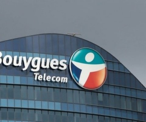Is Bouygues automatically signing you up to a 20€/month service?