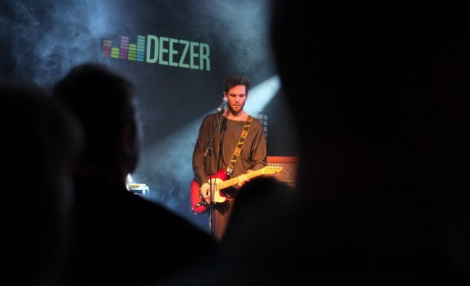 Deezer to host Code in the Dark, Carlsberg & AlloResto will pick up the tab!