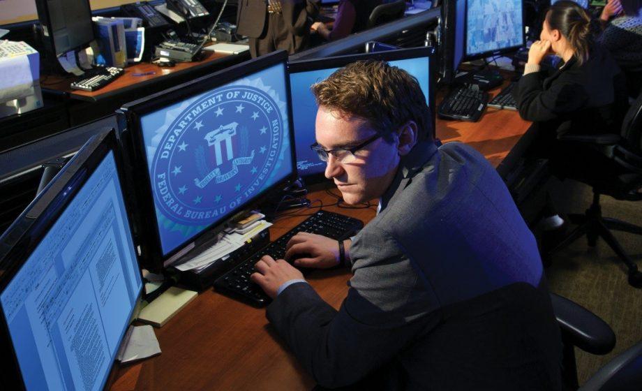 L'AP révèle que le FBI aurait laissé des hackers russes agir