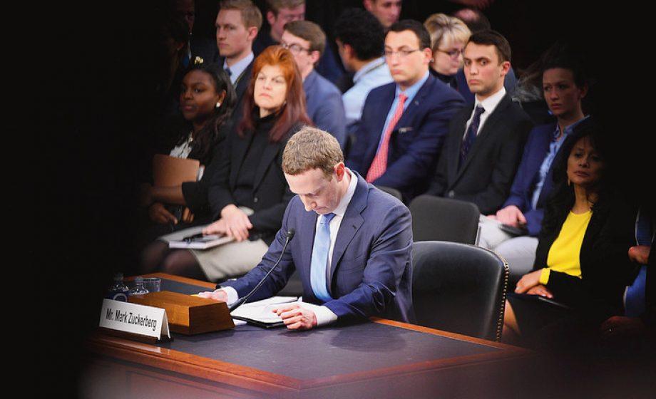 Audience de Mark Zuckerberg au Congrès: quelle régulation pour Facebook?