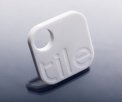 After crowdfunding 6x its Kickstarter campaign, small object tracker Tile available in France today
