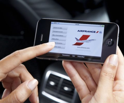 Airfrance partners with Orange on project to expand wifi on its flights