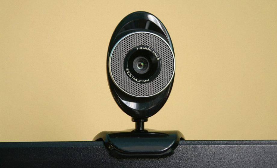 Fausse arnaque à la sexcam: un suspect appréhendé à Roissy