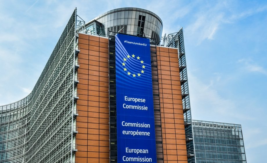 EU votes against Wi-Fi for connected cars, opening door to 5G