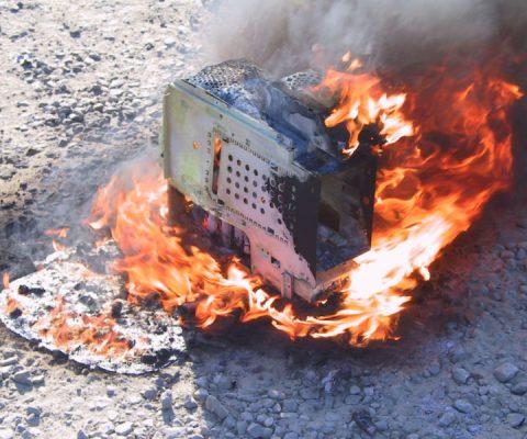 Analyse: BrickerBot, le malware qui veut purger l'IoT des appareils vulnérables ou infectés