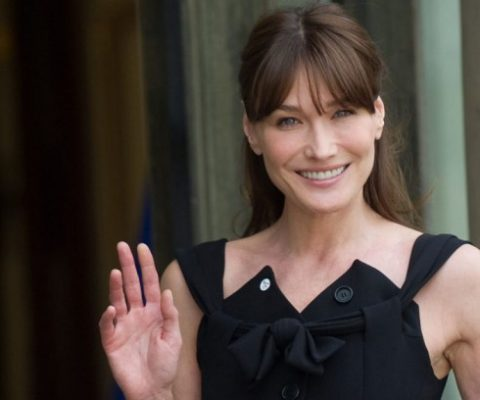 Carla Bruni in hot water over 400K€ in presidential funds spent on a single web site