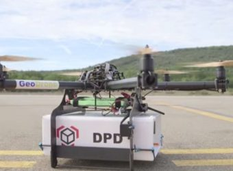 La Poste successfully tests delivery by drone