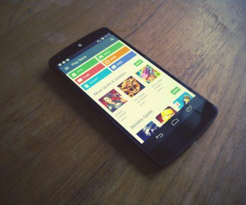 Google menace d'exclure du Play Store les applications que ne respectent pas sa politique de confidentialité