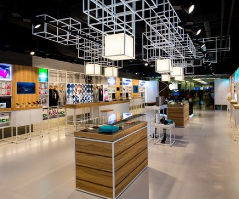INNOV8 acquires Ascendeo to create leading connected objects retail outlets in Europe