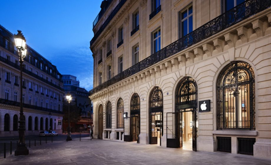 Apple to pay 50,000€ for keeping employees working 1 hour after closing in France