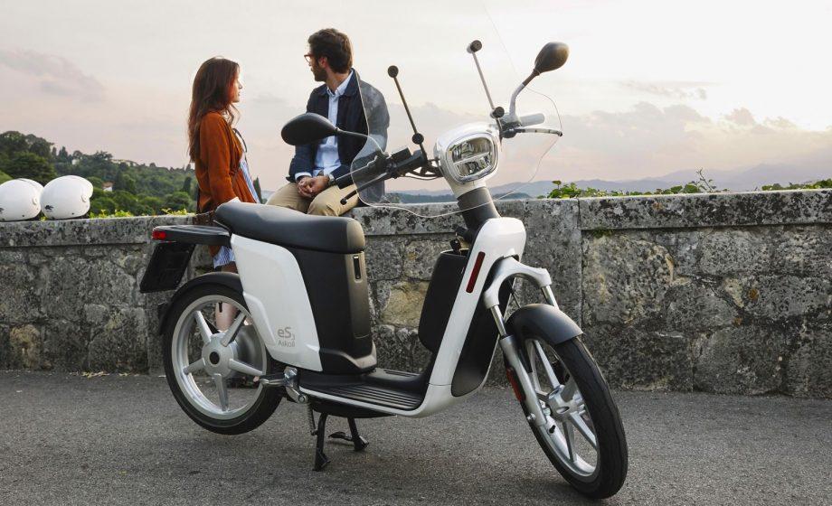 Un scooter électrique, léger, rapide, pratique – urbain !