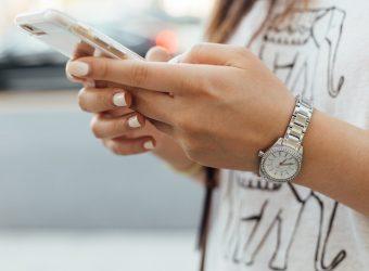 Étude SFAM/IPSOS : les Français addicts à leur smartphone