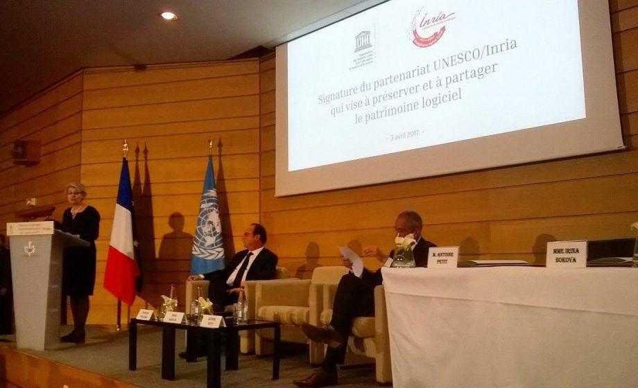 Accord entre l'UNESCO et l'INRIA pour archiver les logiciels