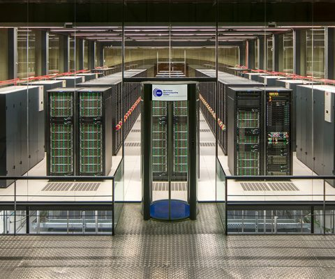 Union Européenne: les huit «supercalculateurs» sur les rails