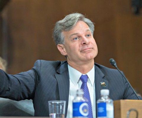 Le directeur du FBI s'insurge contre le chiffrement des smartphones